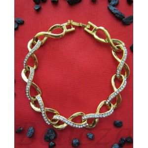 Гривна в златен цвят от медицинска стомана и знака на безкрайност B - 1427