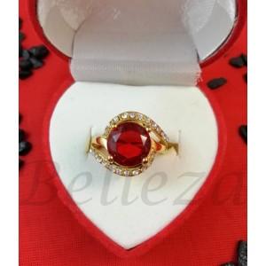 Дамски пръстен със златна баня от медицинска стомана с червен камък R - 616