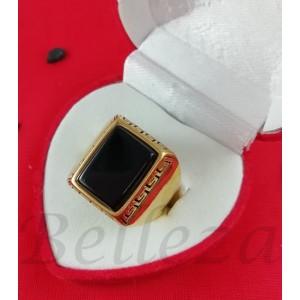 Пръстен със златна баня от медицинска стомана и черен камък R - 596
