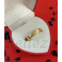 Пръстен тип халка със златна баня от медицинска стомана R - 372