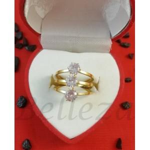 Дамски пръстен със златна баня от медицинска стомана и цирконий R - 600