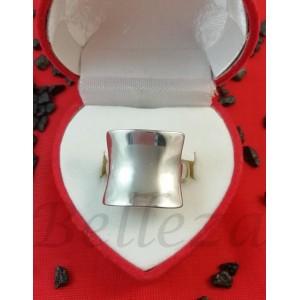 Дамски пръстен със сребърна баня от медицинска стомана R - 601