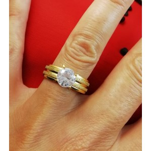 Дамски пръстен в златен цвят от медицинска стомана и бял цирконий R - 648