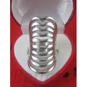 Пръстен със сребърна баня от медицинска стомана R - 456