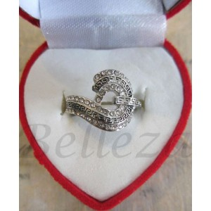 Дамски пръстен със сребърна баня от медицинска стомана и цирконий R - 237