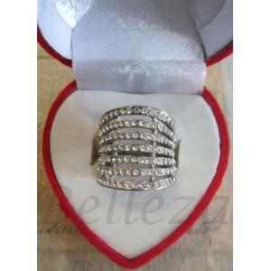 Дамски пръстен със сребърна баня от медицинска стомана и цирконий R - 241