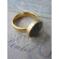 Дамски пръстен със златна баня от медицинска стомана и австралийки седеф R - 369