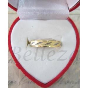 Пръстен тип-халка със златна и сребърна баня от медицинска стомана R - 254