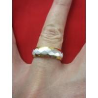 Пръстен тип халка със сребърна и златна баня от медицинска стомана R - 546