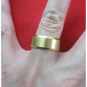 Пръстен тип халка със златна баня от медицинска стомана R - 542
