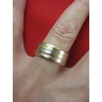 Пръстен тип халка със сребърна и златна баня от медицинска стомана R - 547