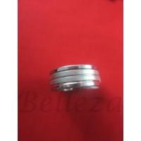 Пръстен тип халка със сребърна баня от медицинска стомана R - 536