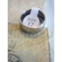 Пръстен тип халка със сребърна баня от медицинска стомана R - 230