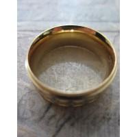 Пръстен тип халка със златна и сребърна баня от медицинска стомана R - 362