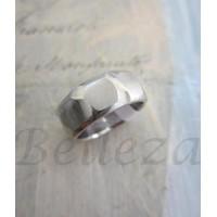 Пръстен тип халка със сребърна баня от медицинска стомана R - 269