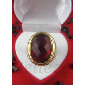 Пръстен със златна и сребърна баня от медицинска стомана и червен камък R - 549