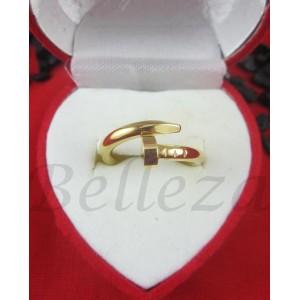 Дамски пръстен със златна баня от медицинска стомана R - 473