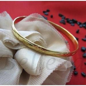 Дамска гривна в златен цвят от медицинска стомана B - 1157